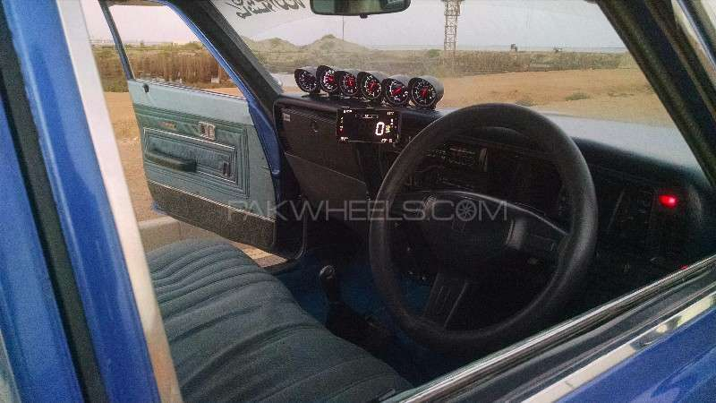 Toyota Crown Royal Saloon 1974 Image-3