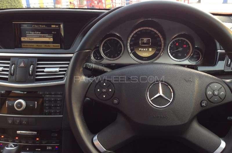 Mercedes Benz E Class E200 2012 Image-10