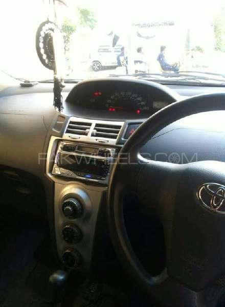 Toyota Vitz B 1.0 2005 Image-4