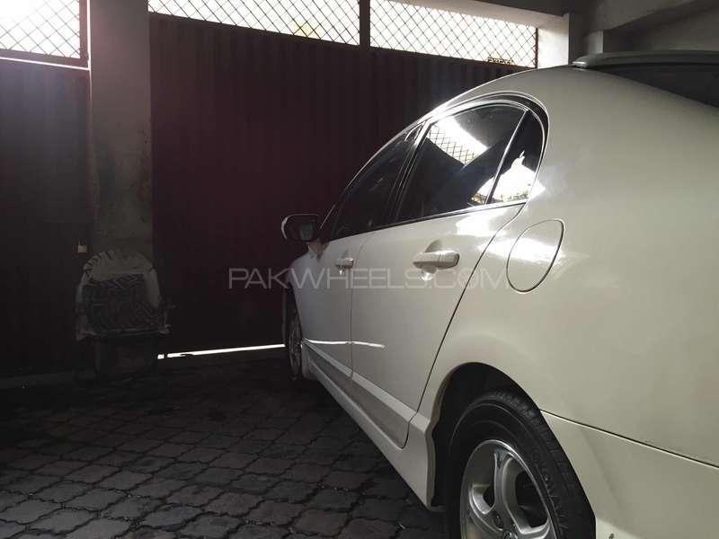 Honda Civic VTi Oriel Prosmatec 1.8 i-VTEC 2010 Image-7