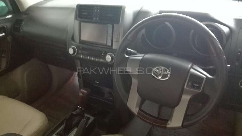 Toyota Prado TX 2.7 2010 Image-8