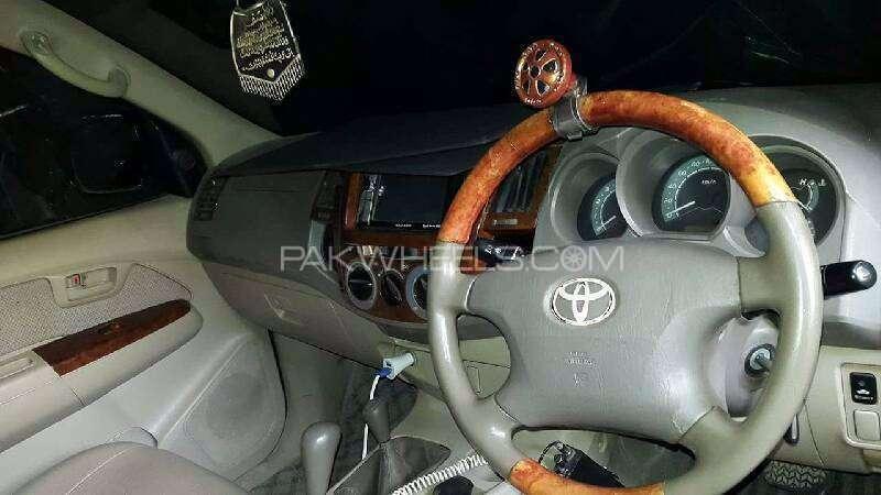 Toyota Hilux D-4D Automatic 2005 Image-6