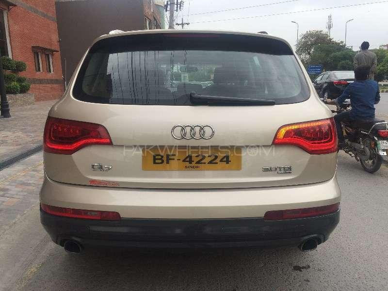 Audi Q7 3.0 TDI 2011 Image-4