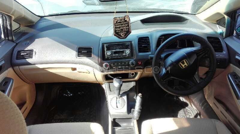 Honda Civic VTi Prosmatec 1.8 i-VTEC 2007 Image-3