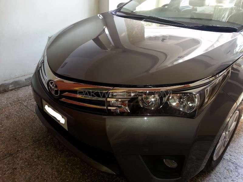 Toyota Corolla Altis Grande CVT-i 1.8 2014 Image-2