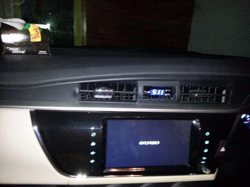 Toyota Corolla Altis Grande CVT-i 1.8 2014 Image-16