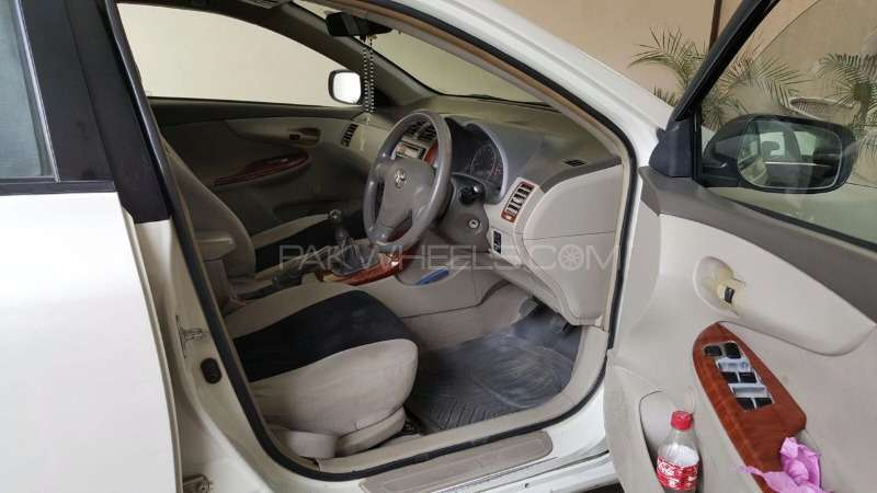 Toyota Corolla XLi VVTi 2009 Image-3