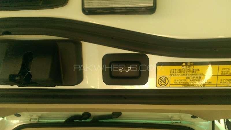 Toyota Land Cruiser ZX 2013 Image-13