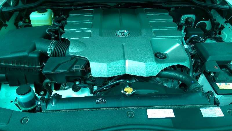 Toyota Land Cruiser ZX 2013 Image-3
