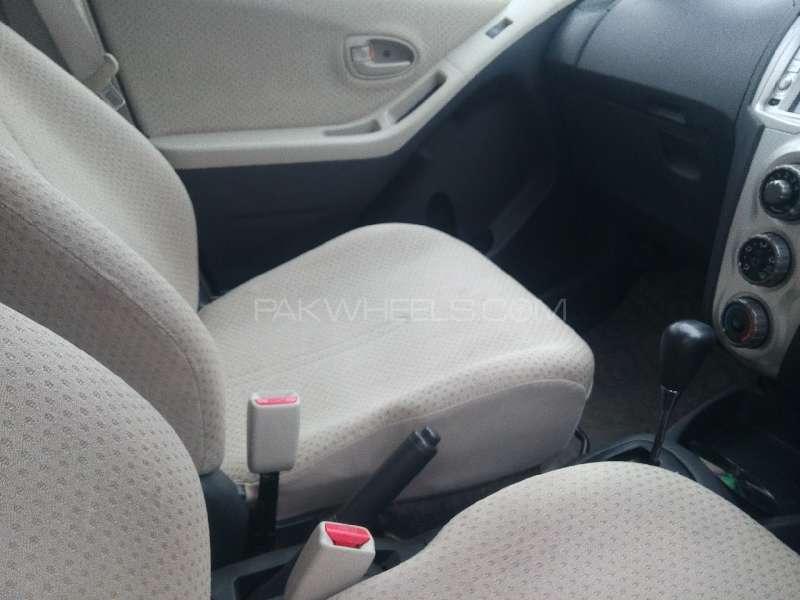 Toyota Vitz B 1.0 2006 Image-6