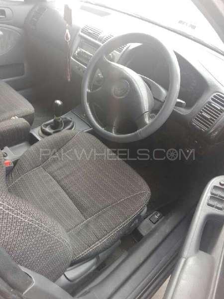 Honda Civic VTi Oriel 1.6 2002 Image-3