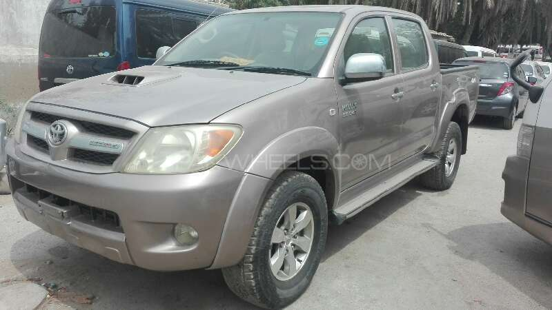 Toyota Hilux 2006 Image-2