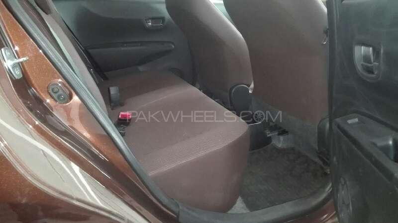 Toyota Vitz Jewela 1.0 2013 Image-5