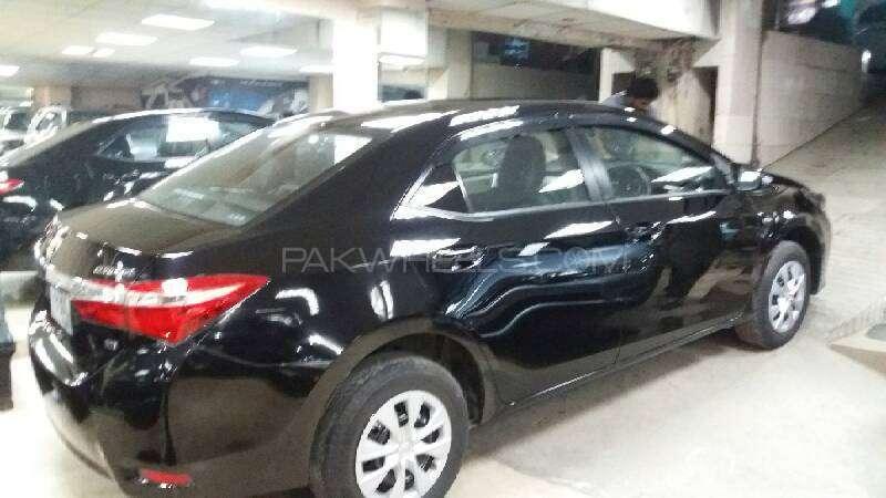 Toyota Corolla GLi 1.3 VVTi 2015 Image-9