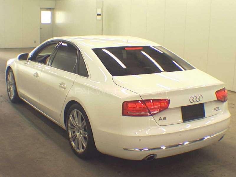 Audi A8 2014 Image-2