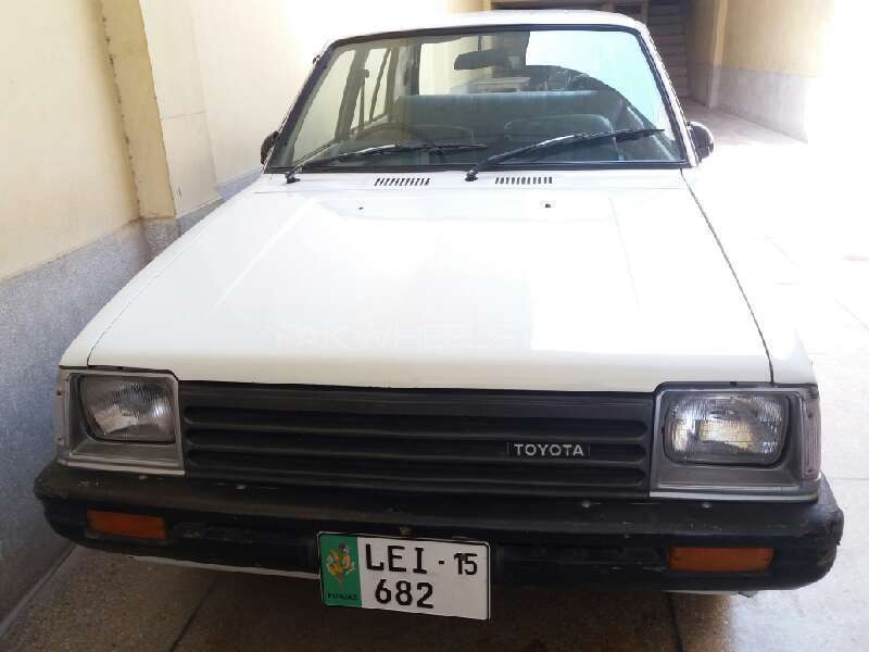 toyota starlet 1 0 1981 for sale in lahore pakwheels. Black Bedroom Furniture Sets. Home Design Ideas