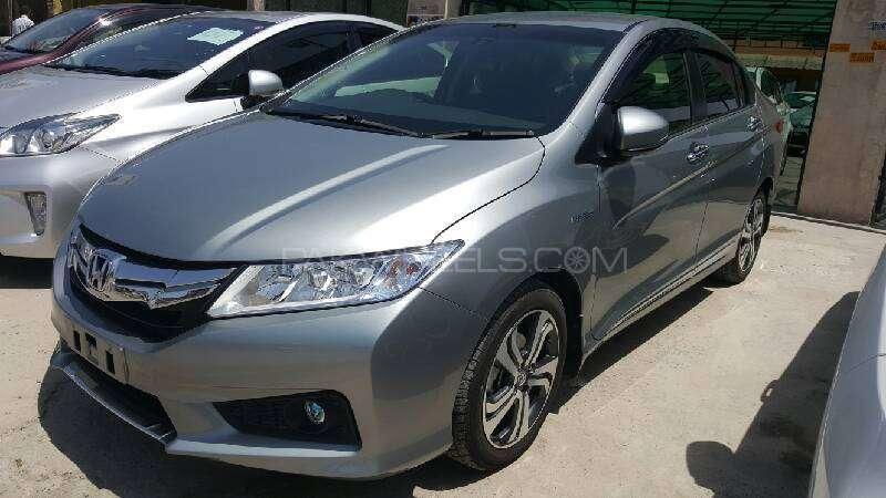 Honda Grace Hybrid EX 2015 Image-2