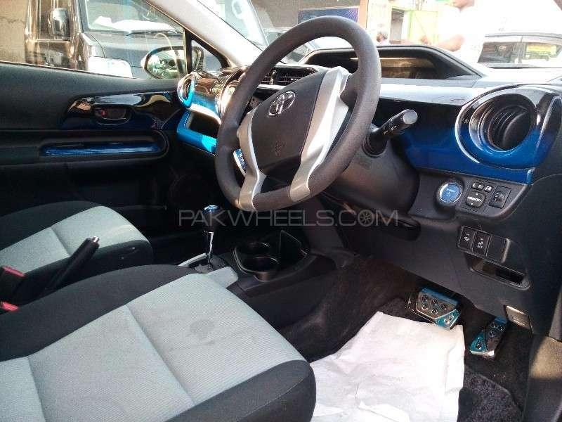 Toyota Aqua G 2013 Image-3