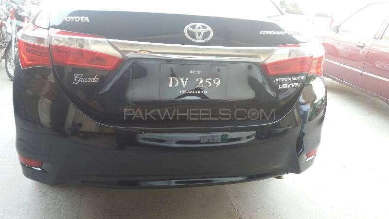 Toyota Corolla Altis Grande CVT-i 1.8 2014 Image-9