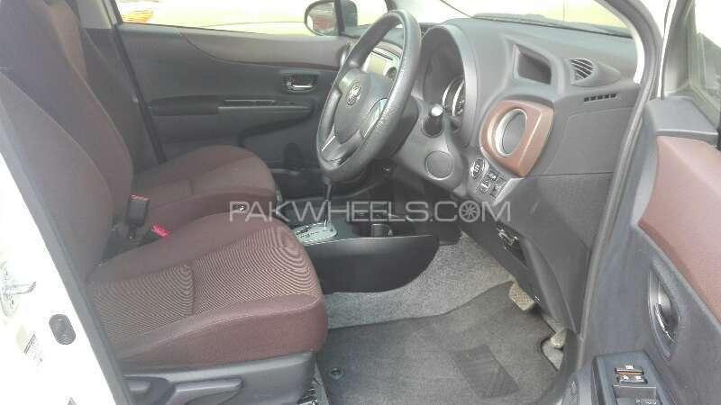 Toyota Vitz Jewela 1.0 2013 Image-6