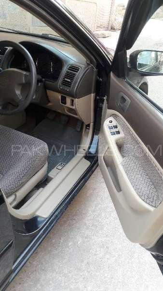 Honda Civic VTi 1.6 2006 Image-5