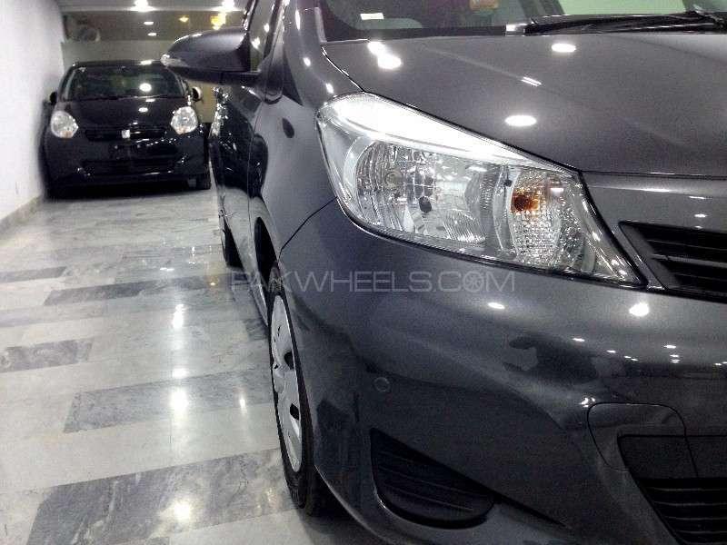 Toyota Vitz F Limited 1.0 2013 Image-6