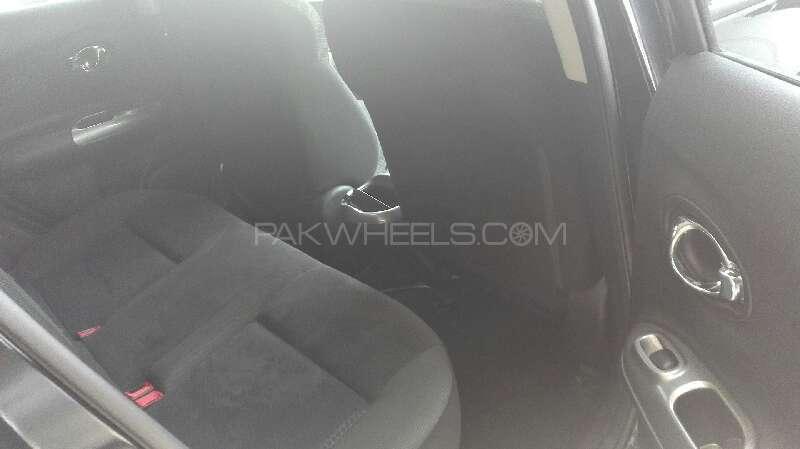 Nissan Juke 2011 Image-5