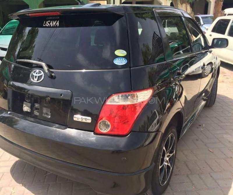 Toyota IST 1.3 A 2007 Image-4