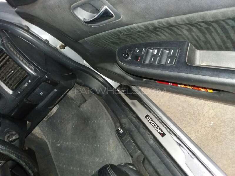 Honda Accord CL9 2004 Image-10