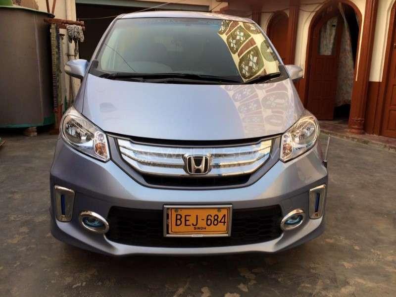 Honda Freed Hybrid 2012 for sale in Karachi   PakWheels
