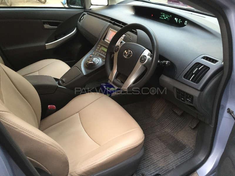 Toyota Prius G 1.8 2010 Image-6