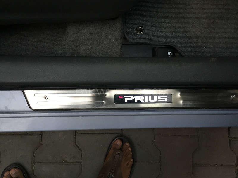 Toyota Prius G 1.8 2010 Image-5