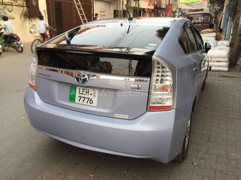 Toyota Prius G 1.8 2010 Image-2
