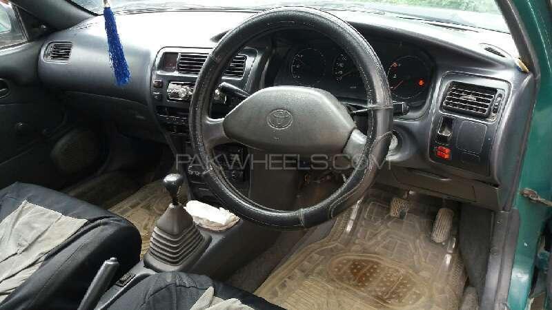 Toyota Corolla XE 1995 Image-5