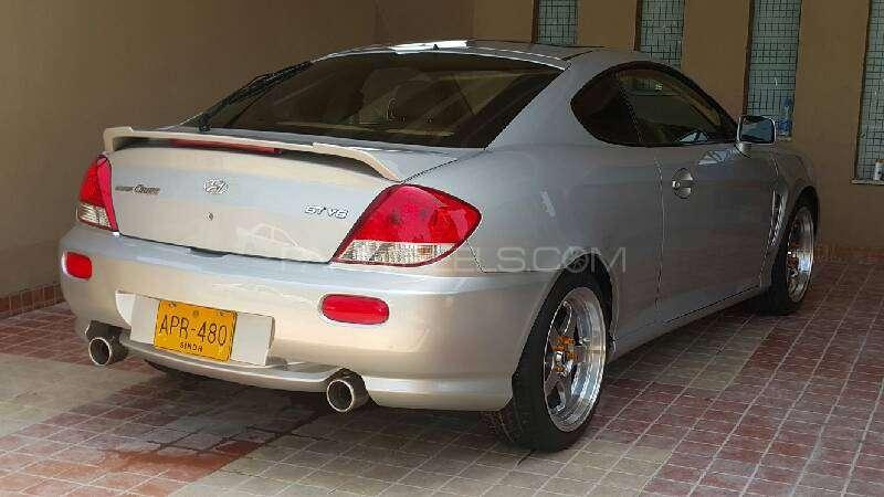 Hyundai Coupe 2.0L DOHC 2006 Image-4