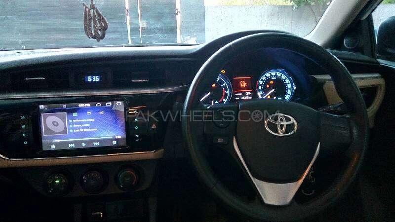 Toyota Corolla Altis Grande 1.8 2014 Image-14