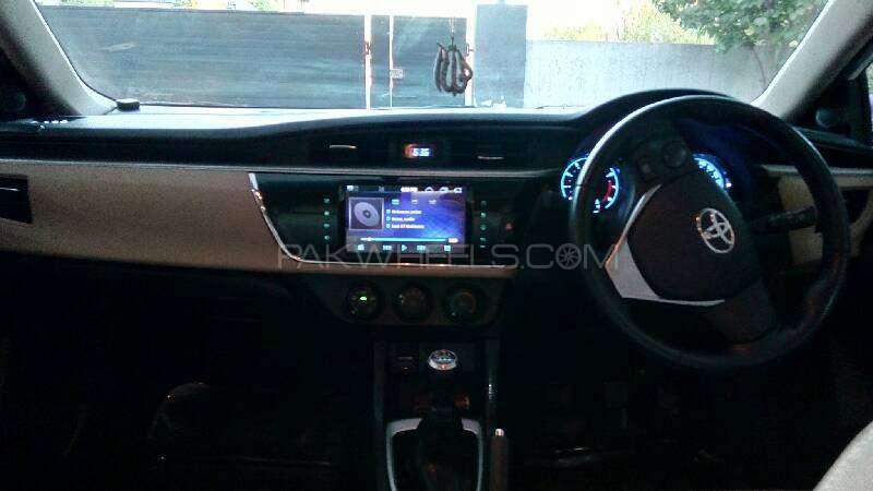 Toyota Corolla Altis Grande 1.8 2014 Image-15