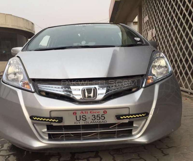 Honda Fit Hybrid Smart Selection 2012 Image-2