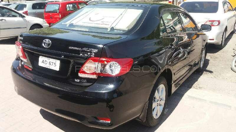 Toyota Corolla Altis Cruisetronic 1.8 2013 Image-3
