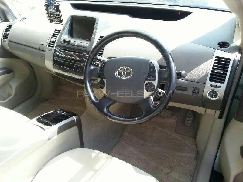Toyota Prius 2007 Image-5