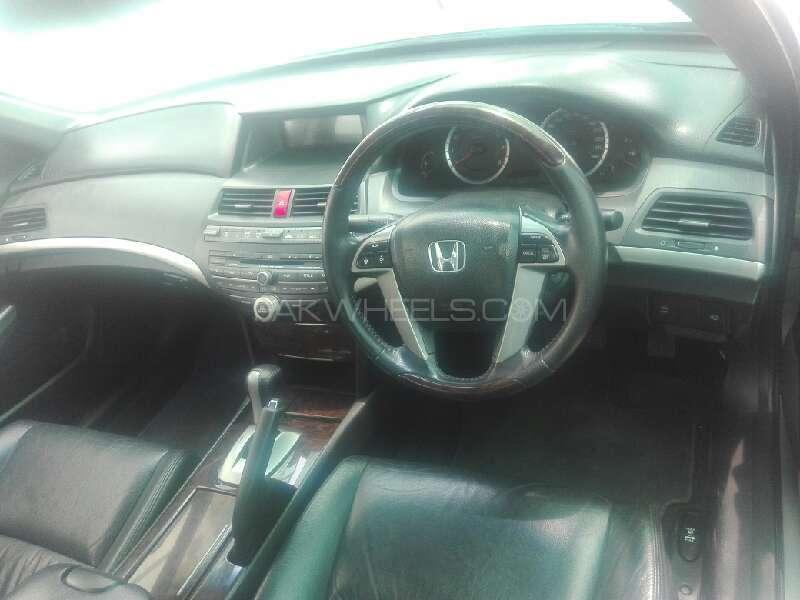 Honda Accord VTi 2.4 2009 Image-3