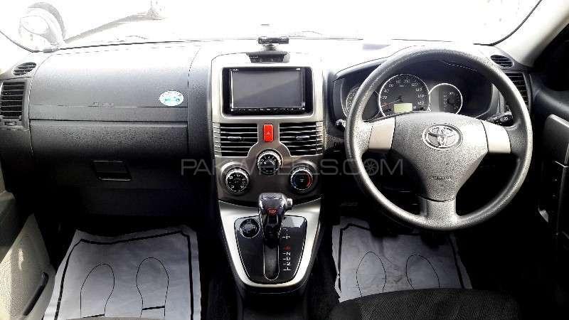 Toyota Rush 2010 Image-2