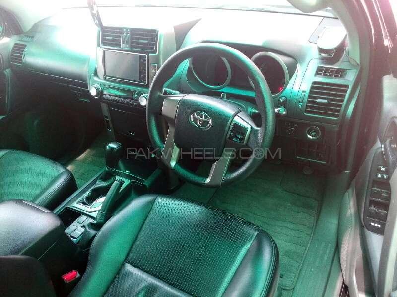 Toyota Prado TX 2.7 2010 Image-4