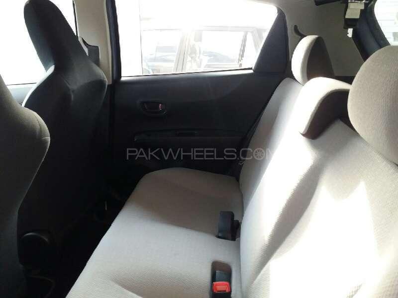 Toyota Vitz F Smile Edition 1.0 2013 Image-5