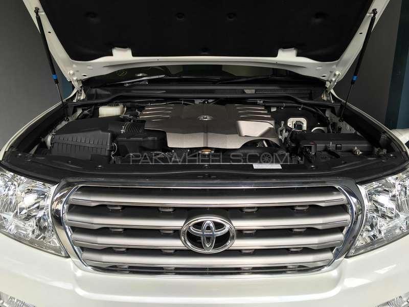 Toyota Land Cruiser AX 2011 Image-2