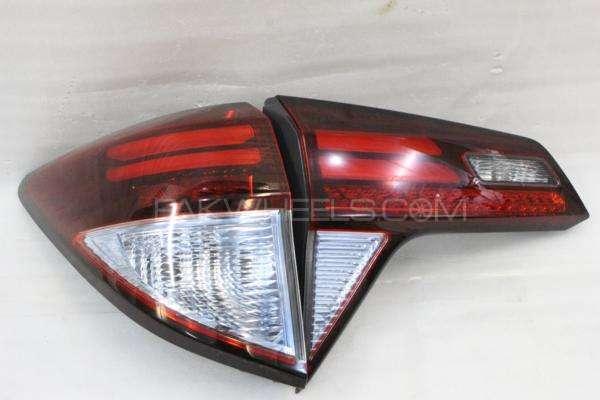 Honda vezel back lights left set  Image-1