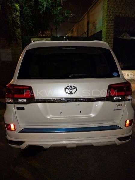 Toyota Land Cruiser 2016 Image-3