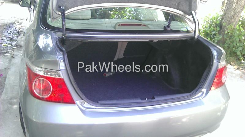 Honda Fit 2006 Image-6