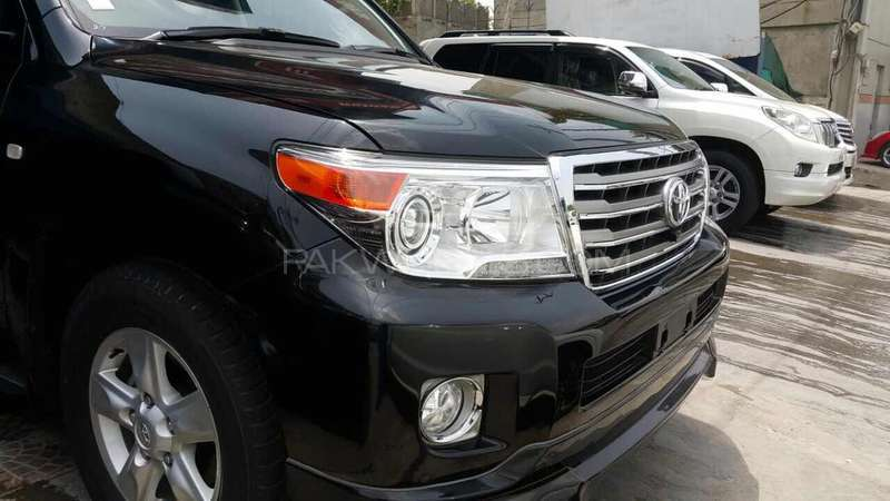 Toyota Land Cruiser AX 2010 Image-1