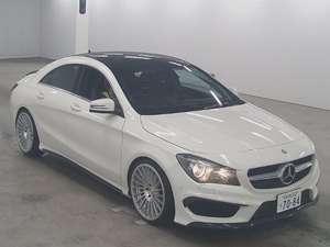 Slide_mercedes-benz-cla-class-180-2013-11923022